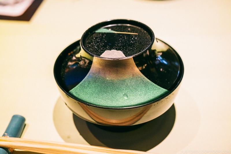Bowl with Mt. Fuji design at Hotel Kaneyamaen - Things to do around Lake Kawaguchi   www.justonecookbook.com