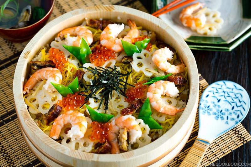 Sushi oke containing Chirashi Sushi.