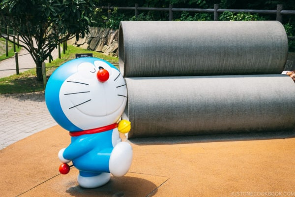 Doraemon statue at outdoor playground - Fujiko F Fujio Museum | www.justonecookbook.com
