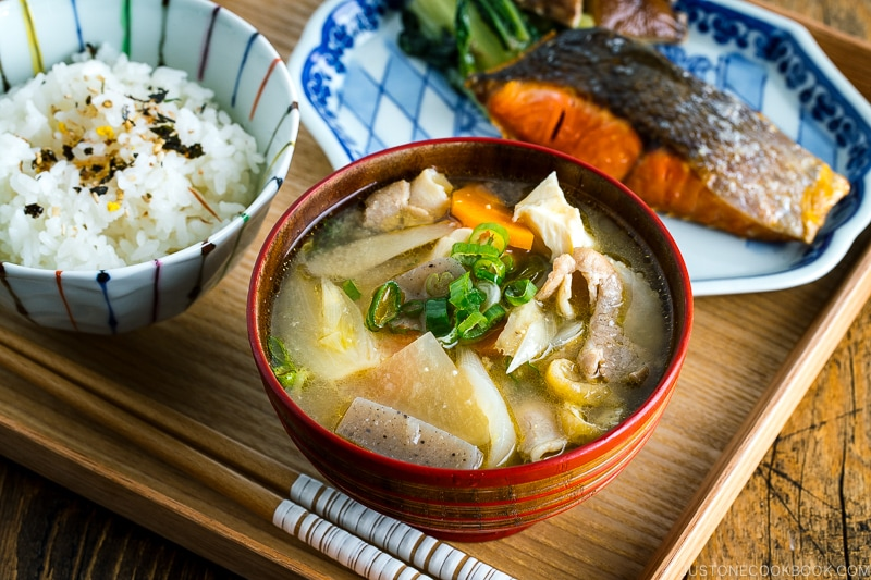 Tonjiru (Pork and Vegetable Miso Soup) ??