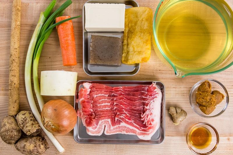 Tonjiru Ingredients