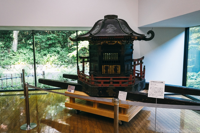 a carriage inside Nagasaki Museum of History and Culture