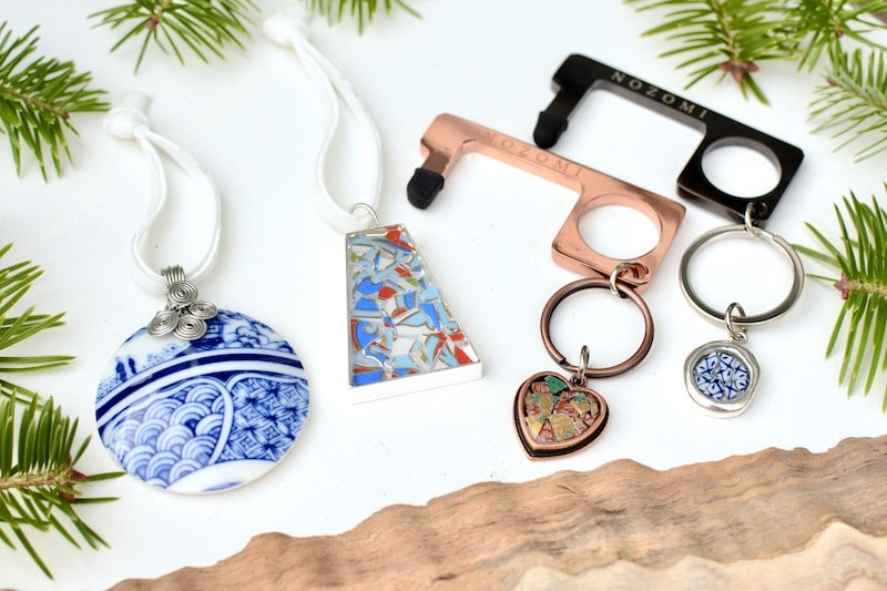 beautiful christmas ornaments and keychains from Nozomi Project