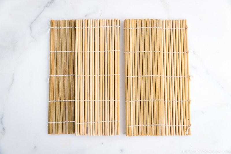 Bamboo sushi mat