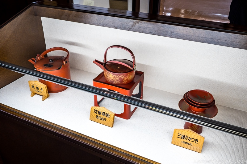 various type of sake serving ware in a display case